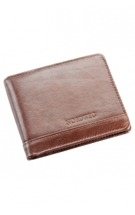 Men's leather wallet with space for coins