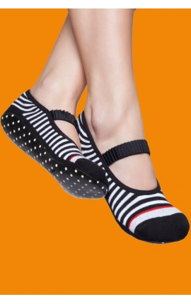 Non-slip pilates socks - Black and white