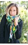 Fular multicolor con estampa de Tucanes