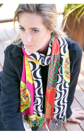 Big printed foulard