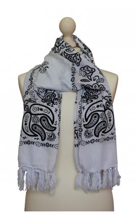 Scarf decorated in Kashmir style - White bandana